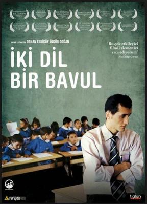İki Dil Bir Bavul Filmini full İzle